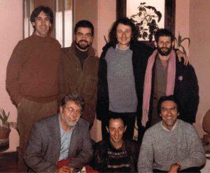 28 de Febrero de 1993. La Primera reunión de la Red de Hombres. En la foto falta Carles Ávila que era el fotografo, de izquierda a derecha: Luis Bonino, Fernando Villadangos, Xabi Odriozola, Peter Szil, (abajo) Josep Vicent Marqués, José Ángel Lozoya y Joan Vilchez.
